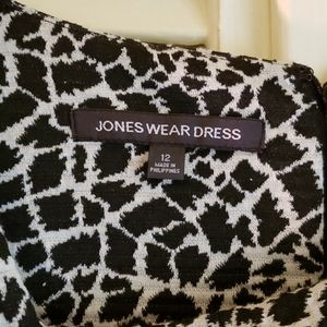 Jones Wear Dresses - Dress by Jones Wear